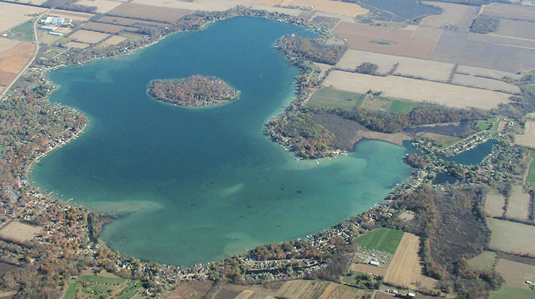 Diamond-Lake-Aerial